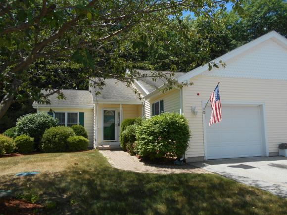 10 Lincoln Dr #10, Londonderry, NH 03053