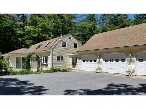 156 Page Rd, New London, NH 03257
