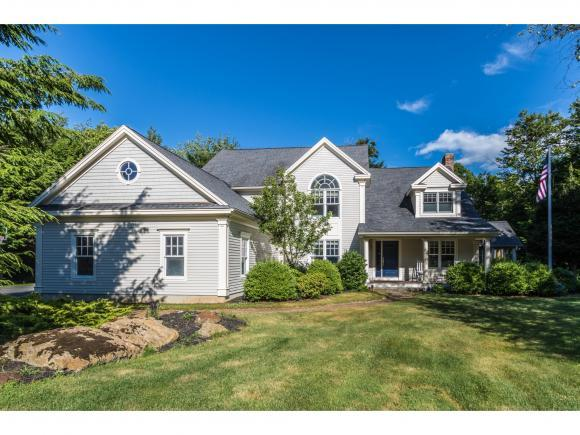 19 Squier Dr, North Hampton, NH 03862