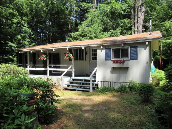 4 Pineneedle Cove Rd, Tuftonboro, NH 03816
