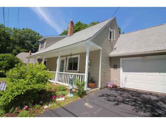 13 Knoll Road, Wolfeboro, NH 03894