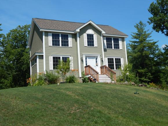 61 Cider St, Epping, NH 03042