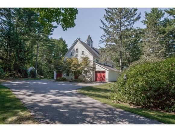 182 Winnicutt Rd, Stratham, NH 03885
