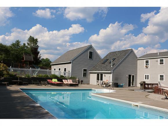10 Hillside Terrace Terrace, Danville, NH 03819