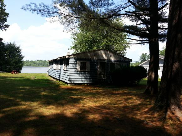 16 Coopers Grove Road, Kingston, NH 03848