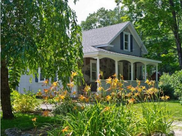 287 College Road Rd, Center Harbor, NH 03226