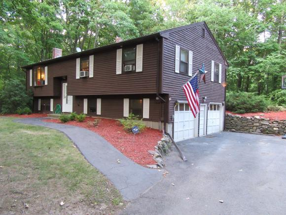 20 Park St, Windham, NH 03087