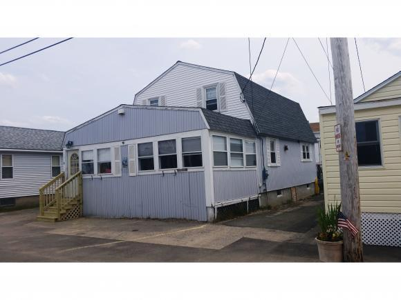 19 Perkins Ave, Hampton, NH 03842