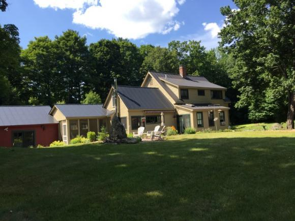 470 Old County Rd, Plainfield, NH 03781