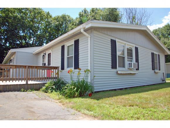 16 Turgeons Ln, Somersworth, NH 03878