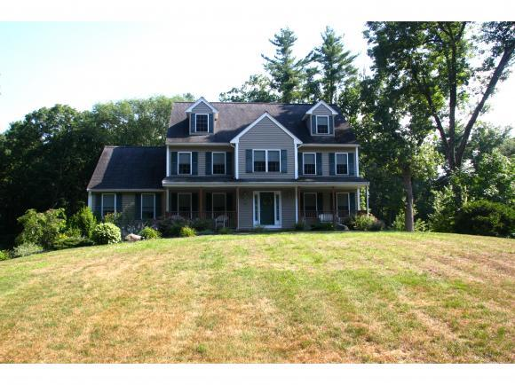 136 Dutton Rd, Pelham, NH 03076