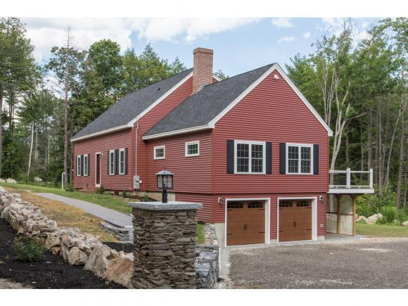 71 Odell Rd, Sandown, NH 03873