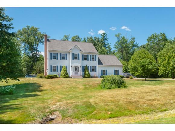 12 Lindon Dr, Brentwood, NH 03833
