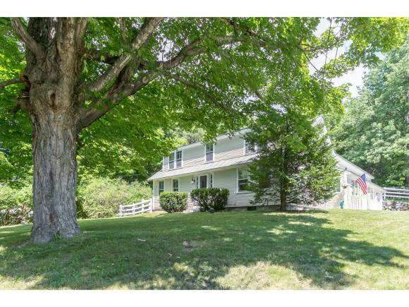 15 Goose Hole Ln, New London, NH 03257