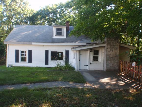 35 Grandview Rd, Bow, NH 03304