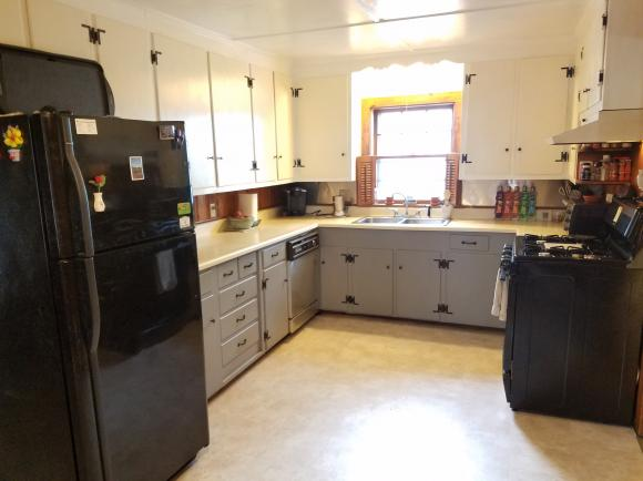 28 Spruce Street, Concord, NH 03301
