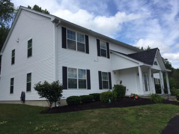 10 Tampa Dr #B-3, Rochester, NH 03867