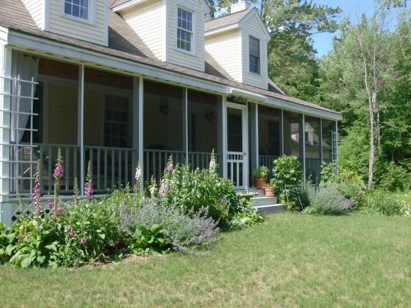 878 Russell Station Road, Francestown, NH 03043