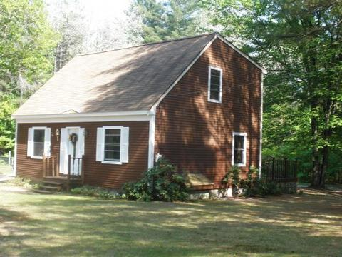 37 Woodland Way, Effingham, NH 03882