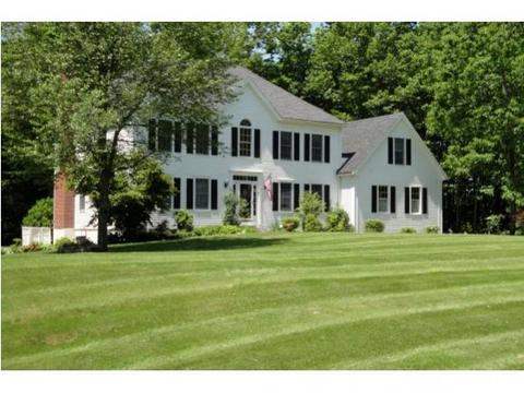 6 Winterberry Ln, North Hampton, NH 03862