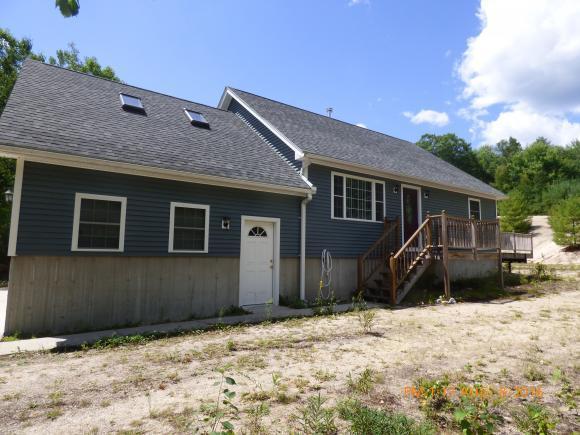 89 Duncan Lake Rd, Ossipee, NH 03864