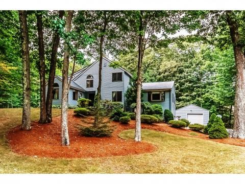 19 Colony Brook Ln, Derry, NH 03038