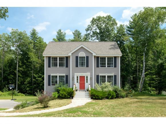 7 Cortland Dr, Epping, NH 03042