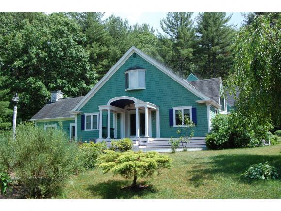 11 Marilyn Park Dr, Hampstead, NH 03841