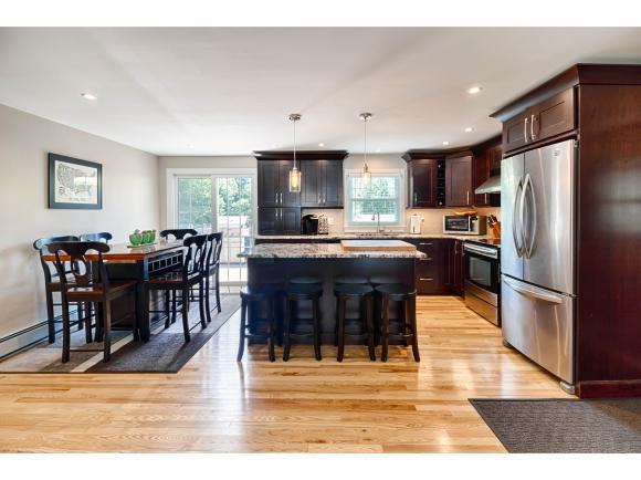 6 Strawberry Hill Dr, Rochester, NH 03867