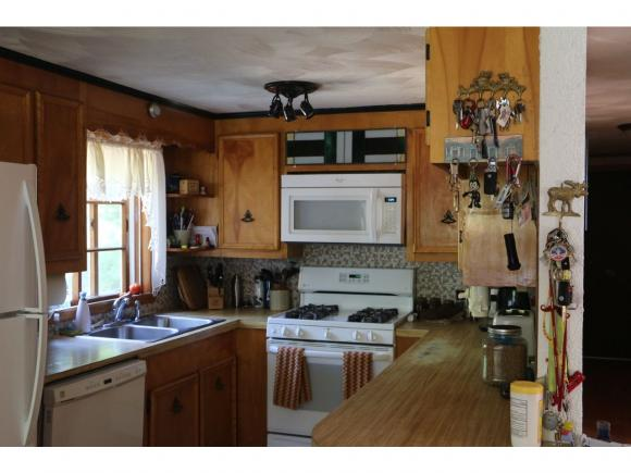 158 Warner Hill Road, Derry, NH 03038