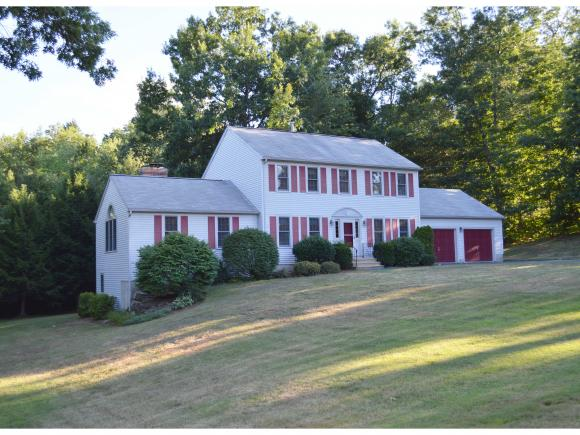23 Colonial Drive, Litchfield, NH 03052