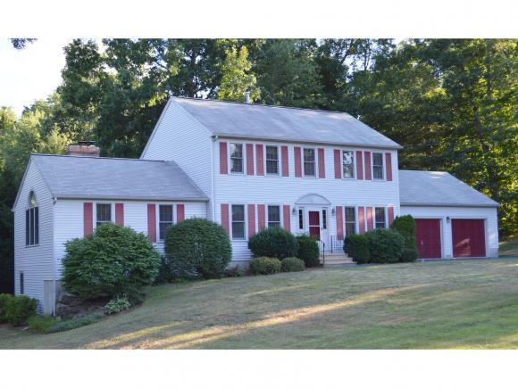 23 Colonial Dr, Litchfield, NH 03052