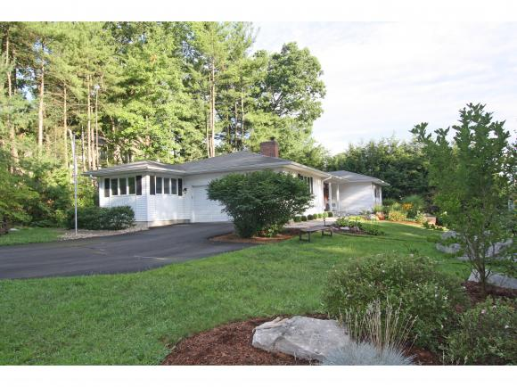 2 Eastbrook Drive, Nashua, NH 03060