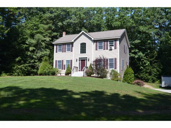 17 Diane Mccain Dr, Brentwood, NH 03833