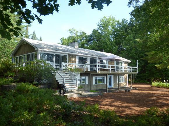 29 Mirror Lake Dr, Tuftonboro, NH 03816