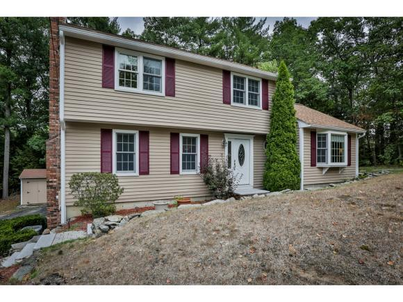11 Clergy Cir, Nashua, NH 03063