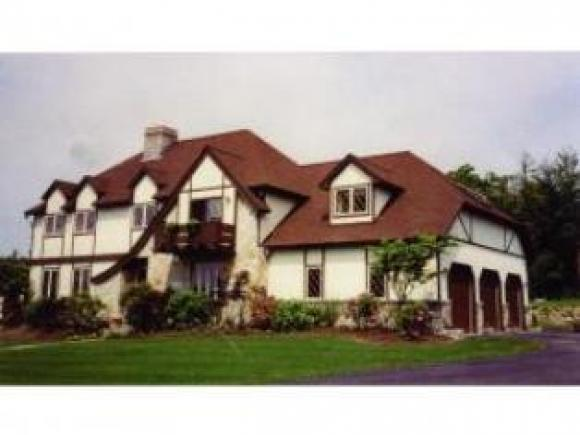819 Old Homestead Hwy, Richmond, NH 03470