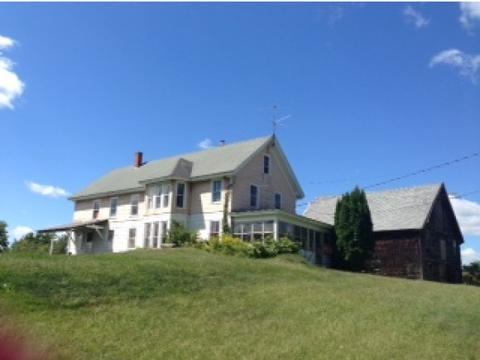 393 Mountain Rd, Concord, NH 03301