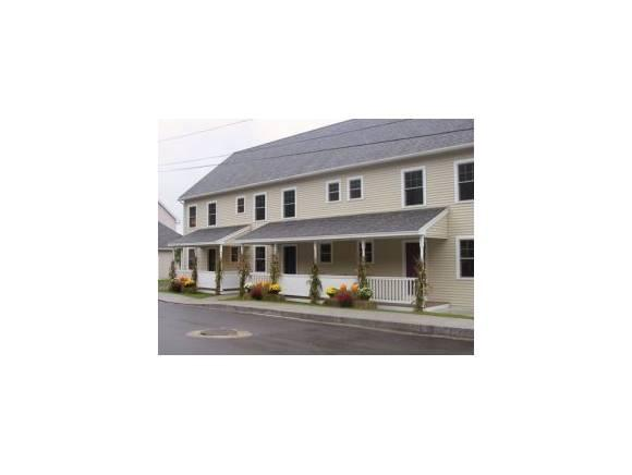 4 Gagne St #4, Rochester, NH 03867