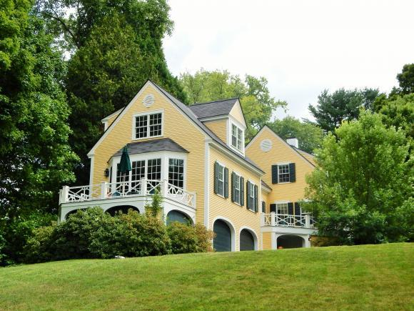 14 Rope Ferry Rd, Hanover, NH 03755