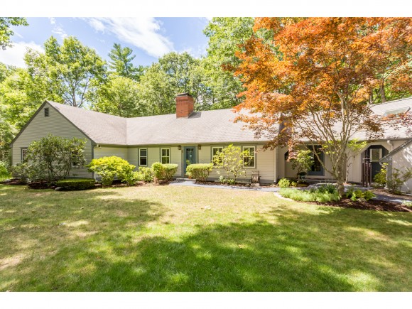 8 Colonial Way, Exeter, NH 03833