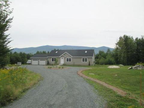 43 Red Brook Rd, Jefferson, NH 03582