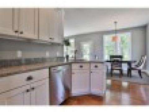 19 Crosswoods Path Boulevard #19, Manchester, NH 03102