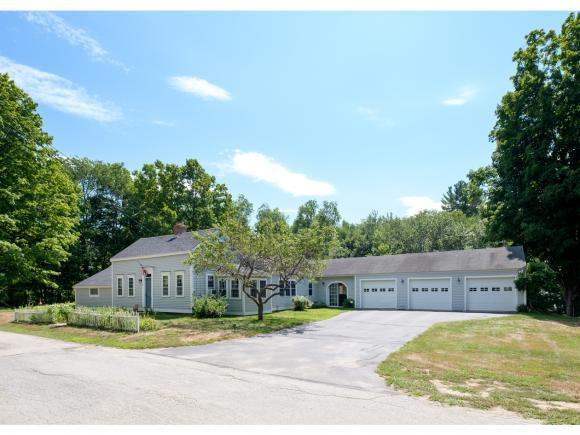 28 Moulton Ridge Rd, Kensington, NH 03833