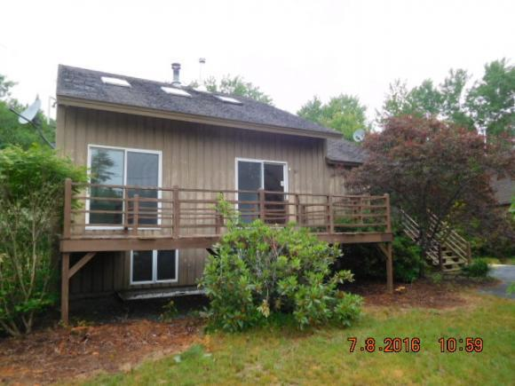 136 Waukeena Lake Rd, Danbury, NH 03230