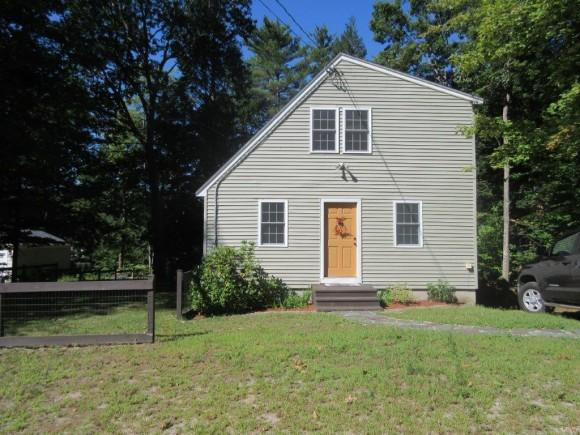 135 New Hampshire Dr, Webster, NH 03303