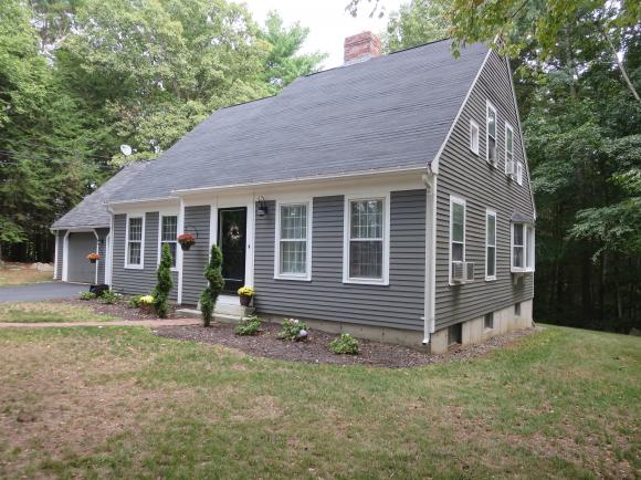 33 Freedom Hill Road, Hampstead, NH 03841