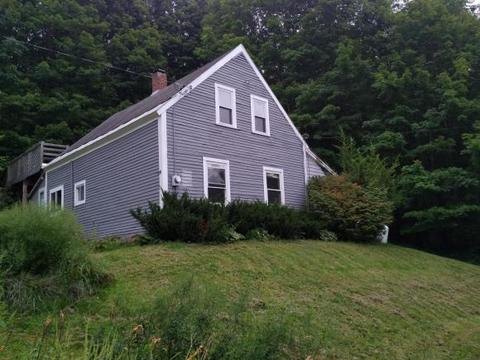 136 Slab City Rd, Claremont, NH 03743