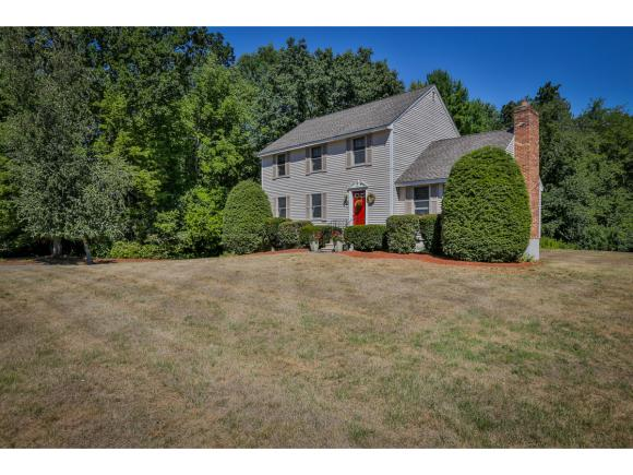10 Copperfield Lane, Londonderry, NH 03053
