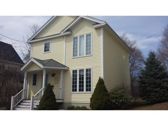 32 Beacon St, Concord, NH 03301